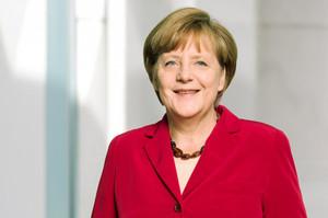 Меркель сумнівається, що ЄК зможе зупинити «Північний потік – 2»