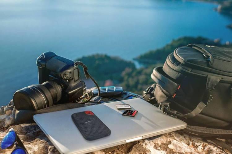SanDisk випустила першу в світі карту microSD об'ємом 1 ТБ