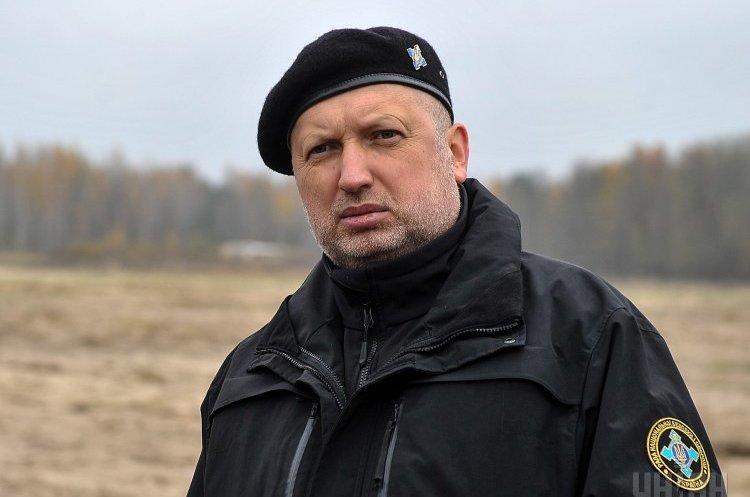 Порошенко звільнив Турчинова