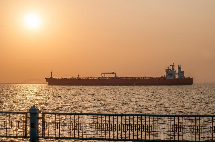 Литовська Orlen Lietuva повернула 2 танкери з російською брудною нафтою -ЗМІ