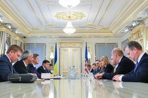 Зеленський закликав США посилити санкції проти Росії