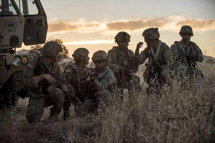Трамп повідомив, яку кількість військ США направлять на Близький Схід