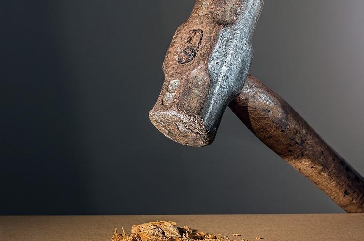 ЄЕК продовжила 26% мито на українські сталеві валки