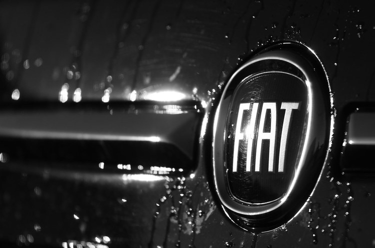 Fiat Chrysler запропонував Renault об'єднатись