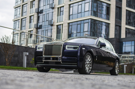 Тест-драйв Rolls-Royce Phantom: как автомобиль меняет поведение владельца