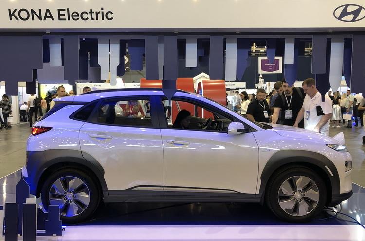 Презентація електромобіля Hyundai Kona Electric: хто і як формує вибір IT-покоління