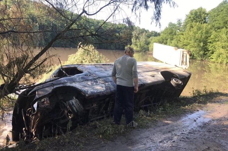 Тонна хімікатів потрапила в річку Рось, через забруднення у Білій Церкві відключили воду