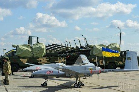 «Біла книга» армійської реальності: що і як постачають українським військовим