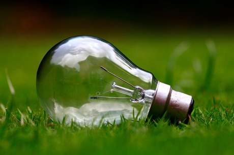 Новий колір енергетики: як працюватиме закон про «зелені» тарифи