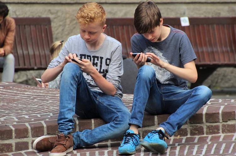 Прогноз Ericsson: як мобільні оператори зможуть заробити понад $600 млрд на 5G