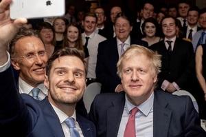 Борис Джонсон виграв перший тур виборів на лідера консерваторів