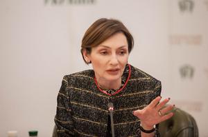 Судові справи щодо націоналізації ПриватБанку загрожують фінансовій стабільності – Рожкова