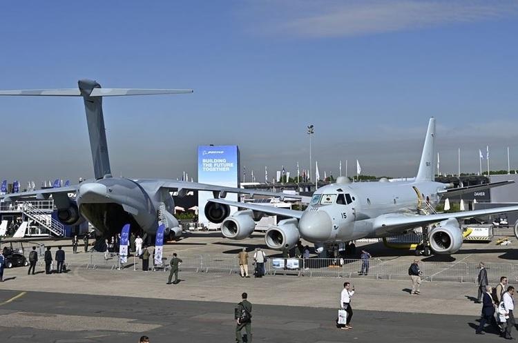 Суперництво Airbus і Boeing на авіасалоні Ле-Бурже: IAG несподівано купує 200 літаків Boeing