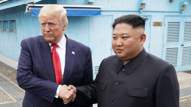 Зустріч Трампа і Кіма: президент США приїхав на кордон двох Корей