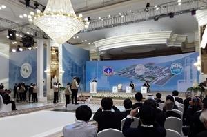 Туркменістан запустив унікальний завод з виробництва екобензину з газу