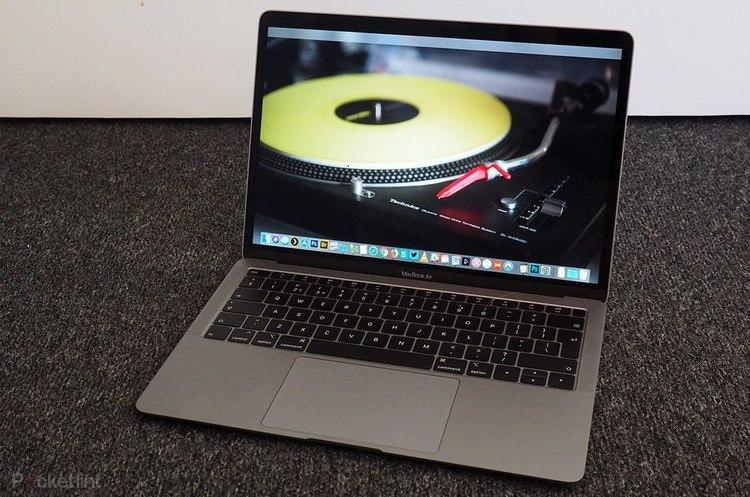 Apple відкликає свої MacBook Air через проблеми з материнською платою