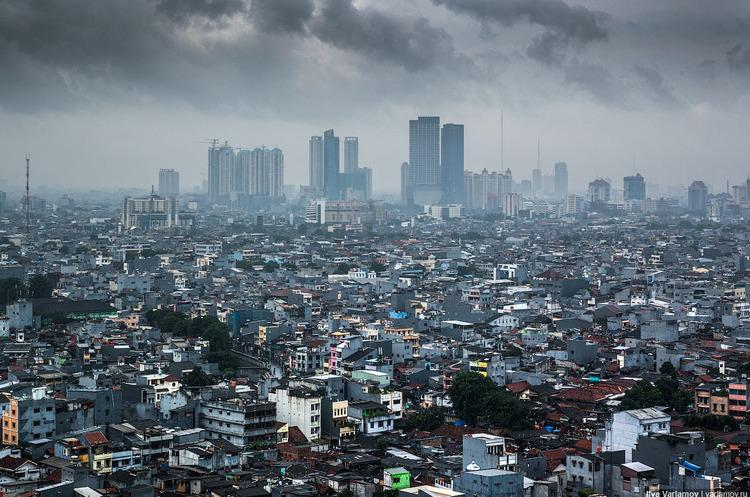 Громада подає в суд на владу столиці Індонезії за забруднене повітря