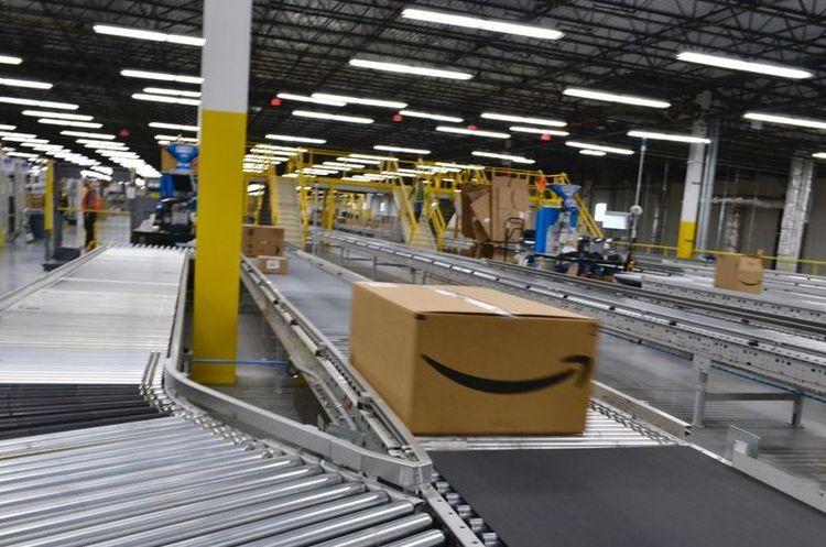 Walmart та інші рітейлери запропонували допомогу в розслідуванні проти Google і Amazon
