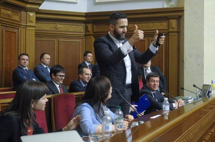 Кабмін призначив Нефьодова головою митниці і звільнив його з МЕРТ
