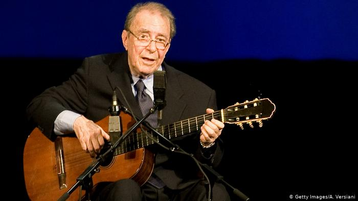 У Ріо-де-Жанейро помер «батько босанови» – бразильський музикант Жуан Жілберту
