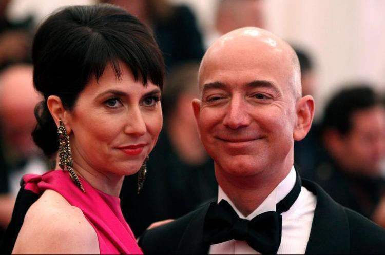 Дружина Джеффа Безоса отримала після розлучення понад $38 млрд