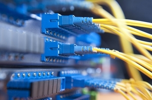 «Укртелеком» начал подключать абонентов к создаваемой оптической сети в селах