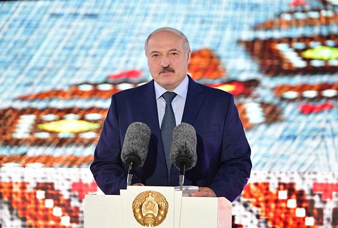 Лукашенко відповів на пропозицію Зеленського зустрітись із Путіним у Мінську