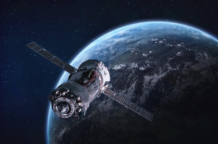 Джефф Безос добивається дозволу вивести на орбіту 3236 супутників