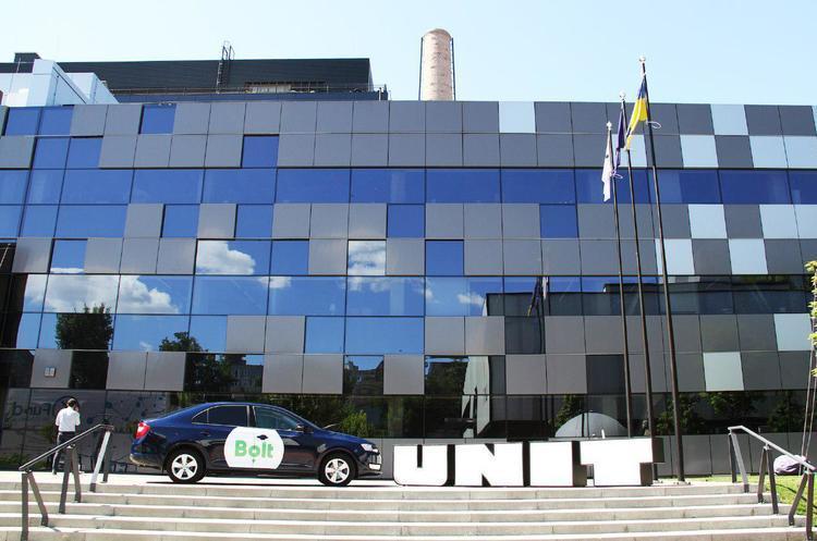 Місячний оборот ринку таксі дорівнює 40 млн грн, 98% грошей «працюють» в тіні - керівник Bolt