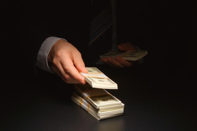 Кількість доларових мільйонерів у світі зменшилася вперше з 2008 року
