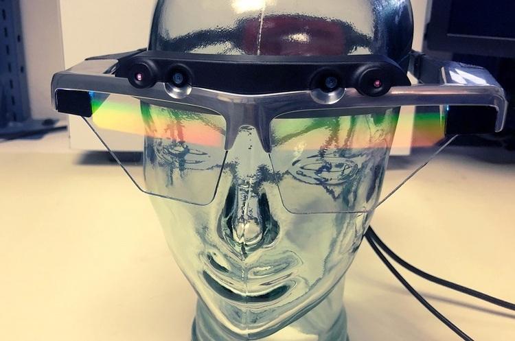 Apple ймовірно призупинила розробку окулярів доповненої реальності