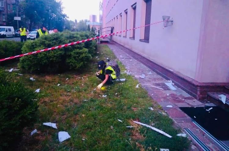 Телеканал «112 Україна» вночі обстріляли з гранатомета