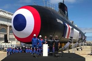 У Франції представили перший з 6-ти атомних підводних човнів нового покоління