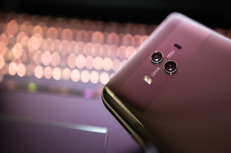 Huawei планує скоротити сотні співробітників в американській «дочці»