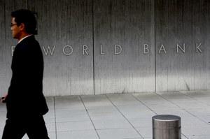 Зростання економіки України є стриманим і непостійним – економіст Світового Банку