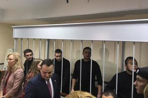 Російський суд продовжив арешт першим шести з 24 українських моряків