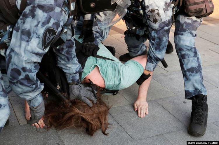 Понад 1000 людей затримано в Москві під час акції протесту