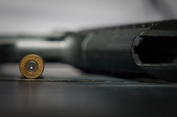 Стрілок, який вбив 3-х людей на фестивалі в Каліфорнії, купив зброю легально