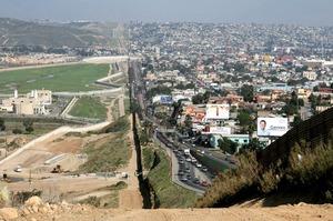 Українці хочуть отримати притулок в США через Мексику