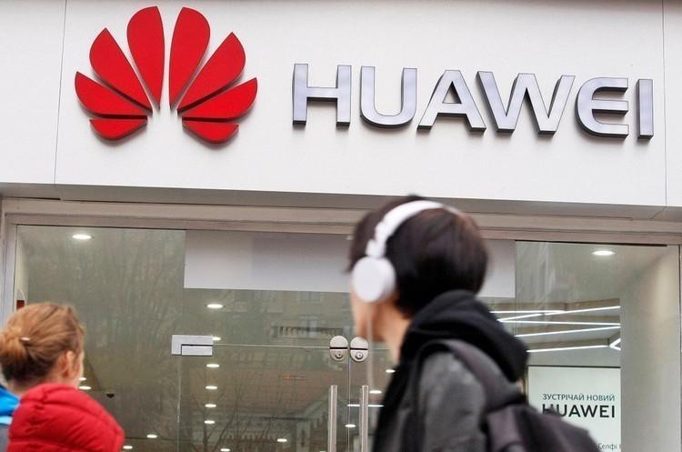 Жодна американська компанія досі не отримала дозволу на співпрацю з Huawei