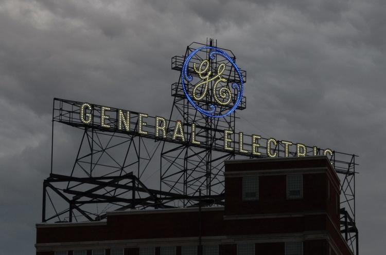 General Electric відзвітувала про квартальні збитки, зокрема через Boeing