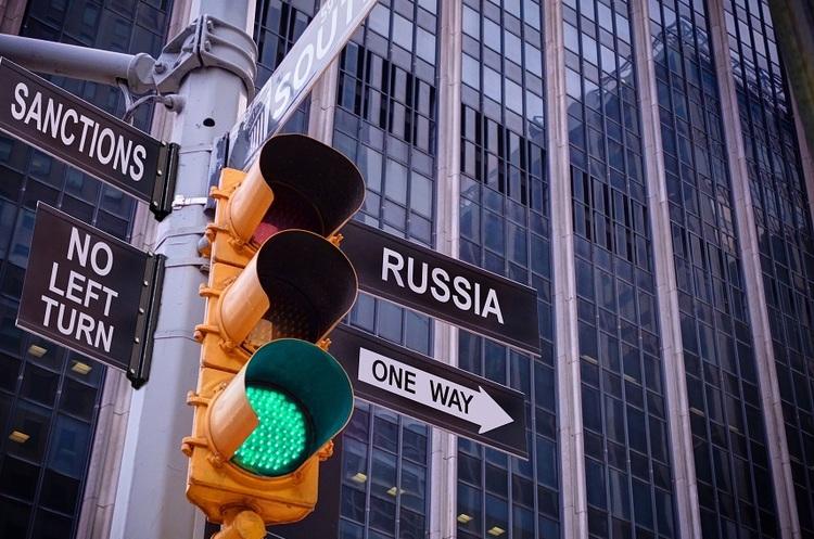 МВФ підрахував, як санкції і падіння цін на нафту знизили російську економіку