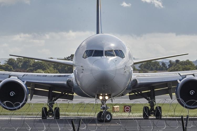 «Роза вітрів» буде виконувати президентські рейси за 35 млн грн