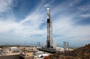 Ракета-носій Falcon 9 вивела на орбіту ізраїльський телекомунікаційний супутник Amos-17