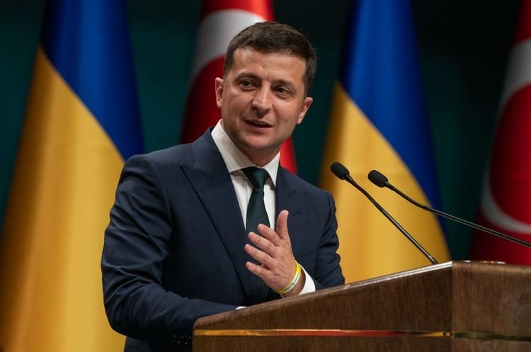 Зеленський хоче легалiзувати казино та провести земельну реформу до кінця року