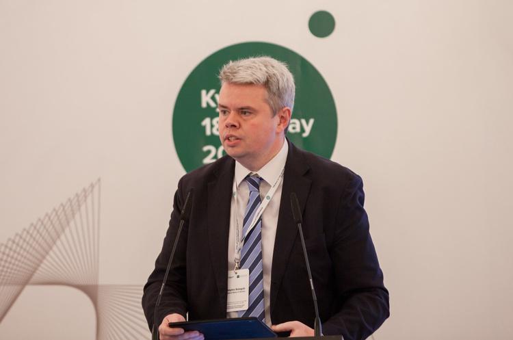 Уряд має домовитися про нову програму з МВФ обсягом до $10 млрд – Сологуб