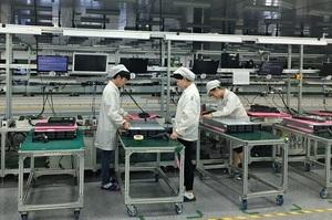 Тайванську Foxconn, партнера Amazon, звинуватили у використанні дитячої праці