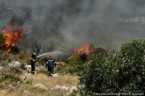 Канарські острови та Грецію охопили лісові пожежі
