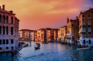 Круїзним лайнерам заборонили заходити у Венецію