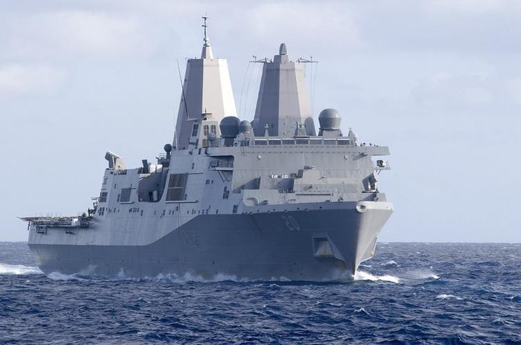 Влада Китаю не дозволила двом кораблям ВМС США зайти в порт Гонконгу